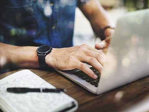 Web、私服、土日面接OKなど!面接が柔軟な企業特集
