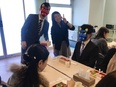 『肝油ドロップ』の販売スタッフ/入社1年目年収400万円/年間休日約130日/未経験歓迎!3