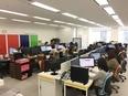 Webデザイナー(グループ企業案件中心) 残業0分/年休127日/フレックス制/オフィスは駅直結3