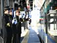 駅員 ※東武鉄道の「運転士」「車掌」になるキャリアもあります。3