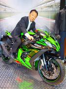 バイクのメカニック ◎代表・清原は「Z1」の開発ライダーで、世界GPでも活躍した元レーサー。1