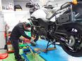 バイクのメカニック ◎代表・清原は「Z1」の開発ライダーで、世界GPでも活躍した元レーサー。2