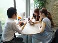 Webマーケター◎自社やグループのサイトを担当/月給27万円~/残業月10h以下/パーソナルジム無料3