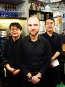カフェ&ワインバーの接客スタッフ|340年の歴史を持つドイツ法人の日本企業!ワインの知識ゼロでOK!1