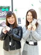 スマホアクセサリーの販売スタッフ★完全週休2日制!月給22万円以上!髪型・服装自由!1