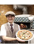 店舗スタッフ ★週休2日制のイタリアンレストラン! マネジメントも調理も両立して励んでいただきます!1