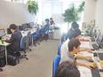 未経験からはじめるITエンジニア ★グループ会社のITスクール|完休2日(土日休み)|定着率85%2