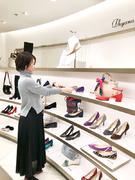 レディースシューズの販売スタッフ◎残業は月5時間以下!新宿店のオープニングスタッフ!1