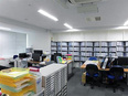 経理 ◎東証一部上場企業のグループ会社!残業月5~10時間程度!2