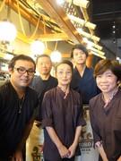 大衆酒場のホールスタッフ ◎月給28万円以上/名古屋勤務・日祝休み1