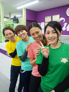 女性専用フィットネス『カーブス』の接客スタッフ(女性の健康をサポートします)◆40名中6名が時短勤務1