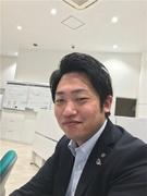 トヨタ車の営業(富山県内から転勤なし)◎昨年度賞与4.8ヶ月分・長期休暇あり1