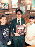 NYスタイルカフェの店舗スタッフ ★7連休の取得もOK♪昇給年2回、賞与年3回、引越し手当支給1