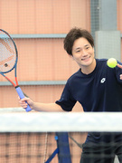 テニスのインストラクター ★未経験からでも管理職へのキャリアアップを目指せます!1