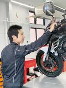 オートバイのメカニック(未経験歓迎)★ユーザーに寄り添うバイクショップ/賞与年2回/代表は元レーサー1