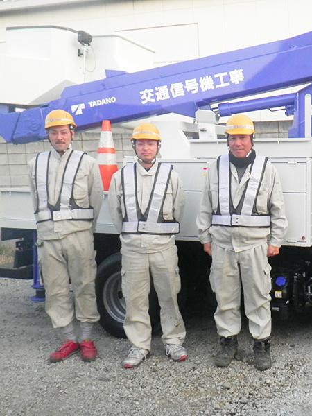 信号機・パーキング機器の施工スタッフ(面接1回/正社員デビュー歓迎)◎東証一部上場グループです。イメージ1