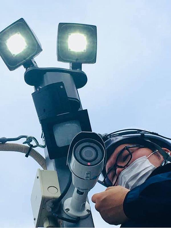 防犯カメラ工事の監督スタッフ(施工管理)★未経験歓迎/年間休日127日イメージ1