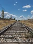 鉄道線路を守る機器のメンテナンス営業 ◎大手鉄道会社と60年以上取引|土日祝休み|残業基本なし1