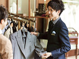 ドレスコーディネーター ★フレックスタイム制 賞与年2回★専属デザイナーが手がけた制服を着用します2