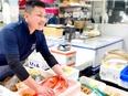 豊洲市場水産仲卸の営業担当|◎5代目は35歳 ◎変革期を迎えた創業150年の企業 ◎新事業に携わる3