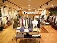 ファッションデザイナー(OEM・ODM中心/自社ブランドも展開)★生産管理はシステム化しています。3