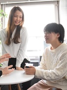 ITエンジニア| 自社内開発メイン/中途入社者の年収UP率100%1