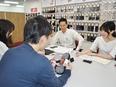 靴下のルート営業 ◎商品企画にも携われます。年間休日120日以上!2