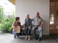介護スタッフ ★入居者のやれること、やりたいことを大切にする住まい(高齢者住宅)/残業月20時間以内2