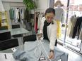 ファッションデザイナー ★月給25万円以上★完全週休2日制★あなたのアイデアを活かせる環境です!3