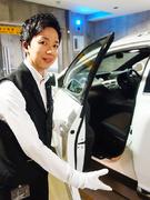 パーキングアテンダント(駐車の代理人)★ご希望の休日・給与・勤務時間を選べます│月収35万円も可能!1