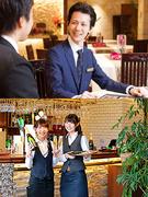 飲食&エンタメブランドの店長候補 ホテル事業にも挑戦可能  毎年5連休以上◎ 入社お祝い金あり1