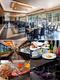 アパホテルのレストランのサービススタッフ|未経験OK・6年連続で全員昇給・48年黒字・リストラゼロ