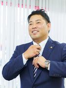 ミドル層の転職者が活躍中!入社3年目で年収1000万円も/営業1