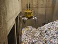 リサイクル施設の機械オペレーター ★残業は月10時間以下。2