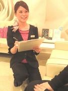 美容サロン「インフェイシャス」の店長 ◎残業月平均2.5時間 ◎長期・連続休暇制度あり1