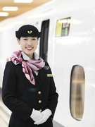新幹線パーサー|東京―新大阪間のおもてなし|15名採用|賞与年2回│育休復職率96.6%│転勤なし1