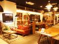 インテリア雑貨『CRASH GATE』・一枚家具専門店『ATELIER MOKUBA』の販売スタッフ3