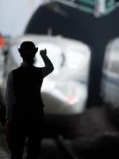 鉄道車輌のメンテナンススタッフ ◎三菱電機の工場勤務!確かな技術が学べる環境です。1