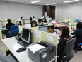 英文事務 ★転勤なし/残業月10時間以内/有休取得率95%!2