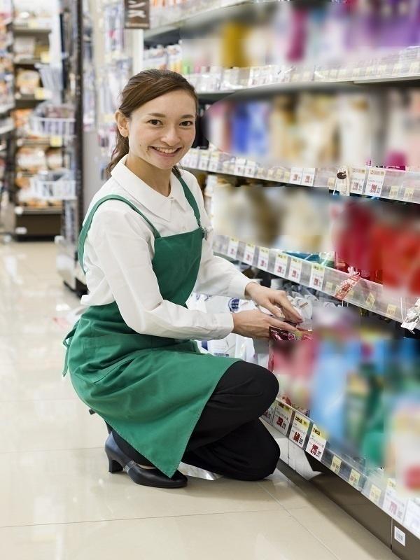 スーパーマーケットの販売スタッフ◎8連休取得制度あり/31期連続増収/賞与年2回/借り上げ社宅ありイメージ1